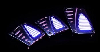 auto pedalen met blauwe LED verlichting. | 1968189